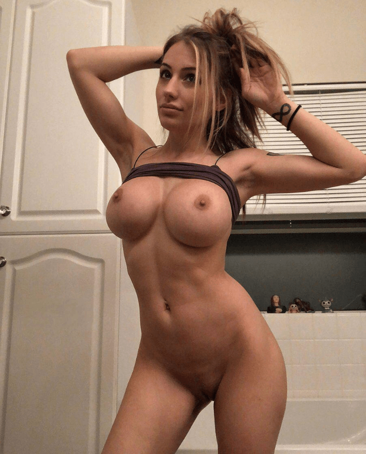 hot blonde on fuck buddy apps